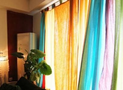 来自东南亚风格窗帘的装饰